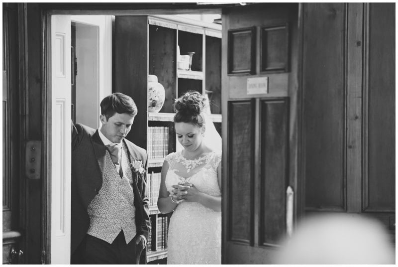 Bride and Groom at Tyrrells Ford Hotel Ringwood