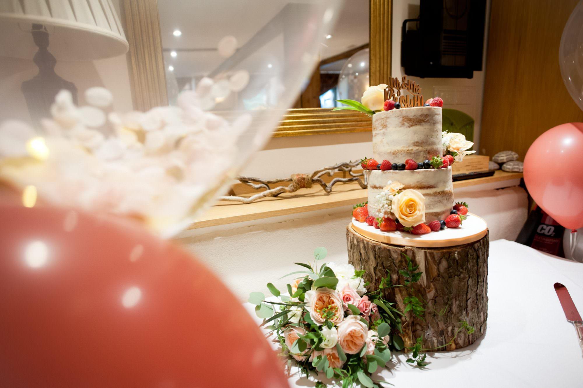 Photograph of Hampshire Wedding Cake